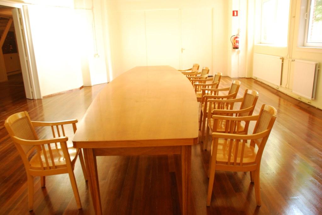 Spiegelzaal tafel Cultureel Centrum het Fijnhout